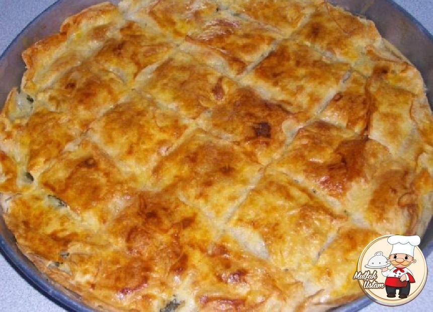 Hazır Yufkadan Pratik Patatesli Börek Tarifi