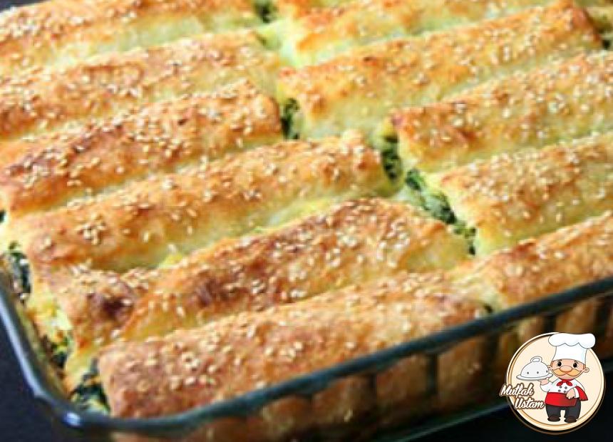 Ispanaklı Peynirli Rulo Börek