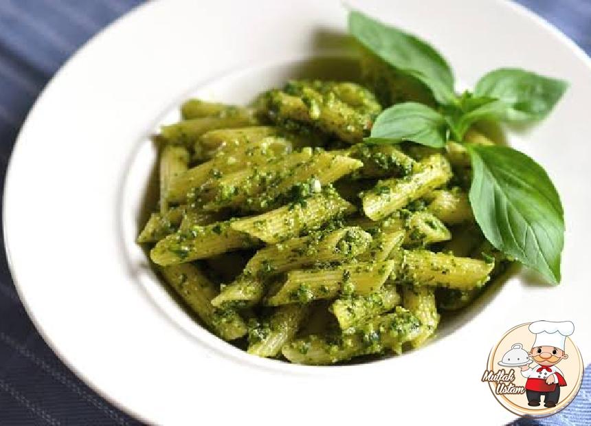Pesto Soslu Panne Makarna