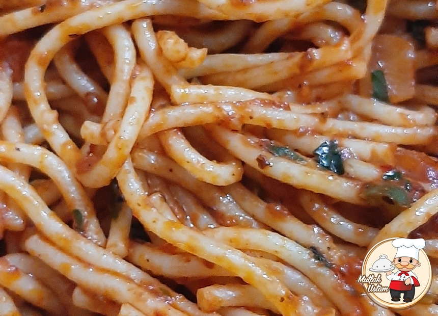 Sebzeli Spagetti (Uzun Makarna)